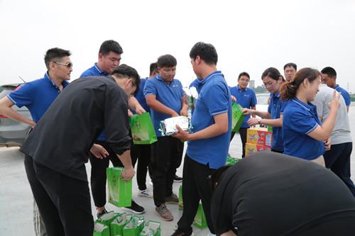 九强动态�蚓徘考�团工会委员会开展一线慰问活动